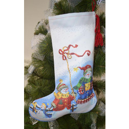 ТР159аБ3149 Пошитий новорічний чобіток для вишивання Сніговики-Колядники 31 см Х 49 см