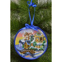 Набір для вишивки нитками Барвиста Вишиванка Пошита новорічна іграшка Біля річки (серія: Ковзанка) 14х14 ТР196аБ1414i