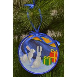 Пошита новорічна іграшка для вишивання Зайчата (серія: Ніч чудес) 14см в діаметрі ТР206аБ1414